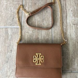 NWT Tory Burch Britten Chain Wallet